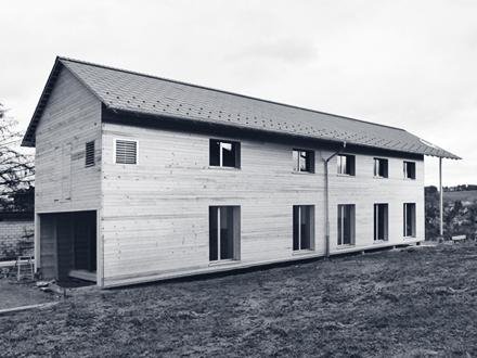 B&G | Low-Budget Haus, Schwarzhäusern